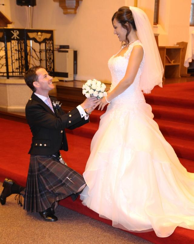Wedding kneel